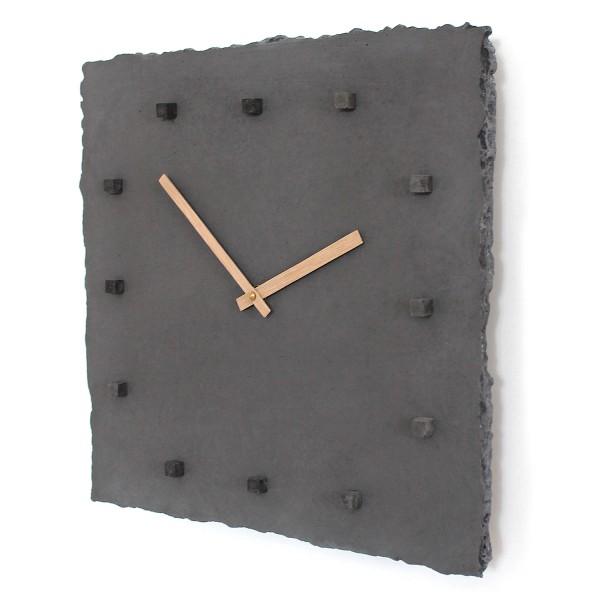 Beton-Wanduhr 'punktclock darkedition'